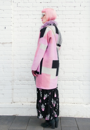 saraisinlovewith_blogger_fashion_streetstyle_karenbysimonsen_winter_flamingo_skinnydip_longdress_prints_pink_alexanderwang